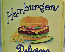 FELIZ DIA DO HAMBURGUER!!!!Hoje, dia 28 de maio, é o DIA INTERNACIONAL DO HAMBURGER!!!